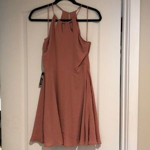 Flow-y dress. More of a coral color!
